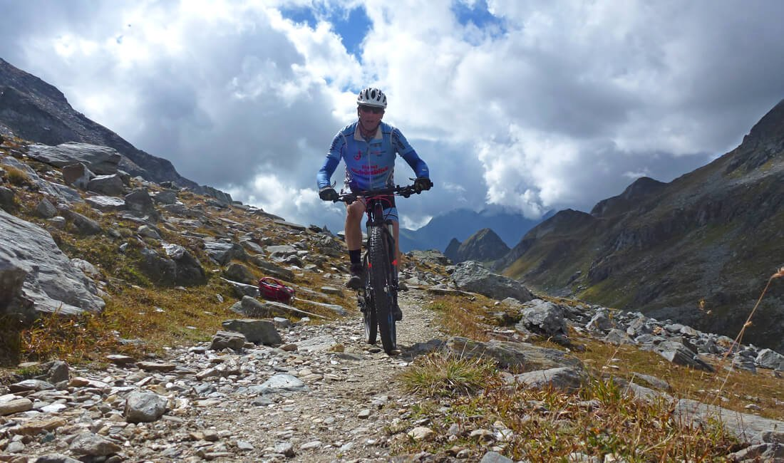Bikeurlaub in Südtirol vom Uferweg bis zur Gipfeltour