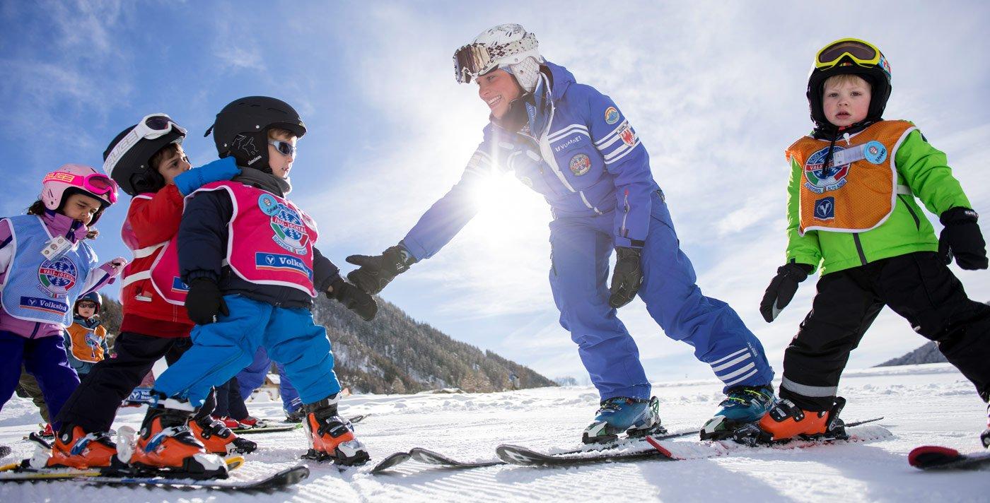 Volete imparare a sciare?