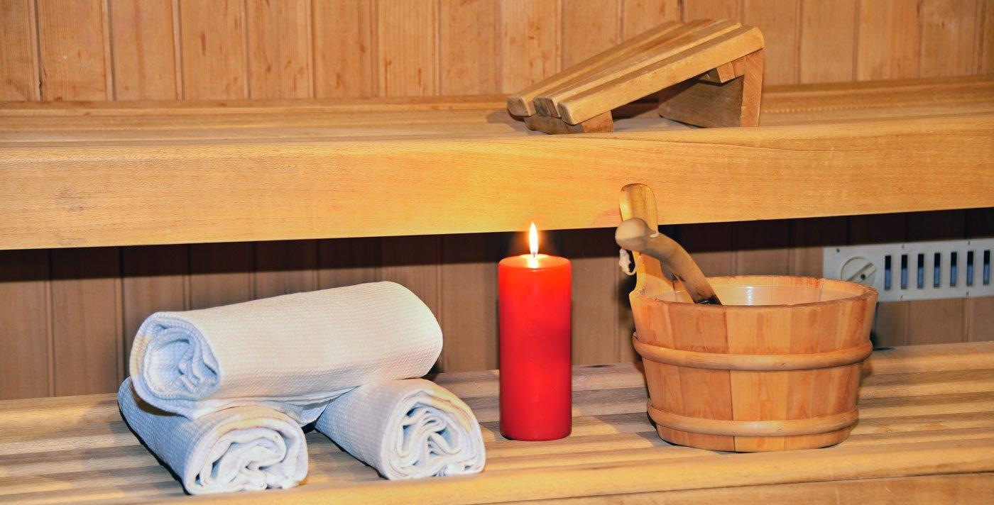 Beim Wellness in Meransen in die Sauna gehen